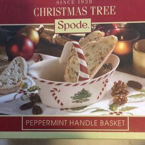 Spode Christmas Tree Peppermint Handle Basket